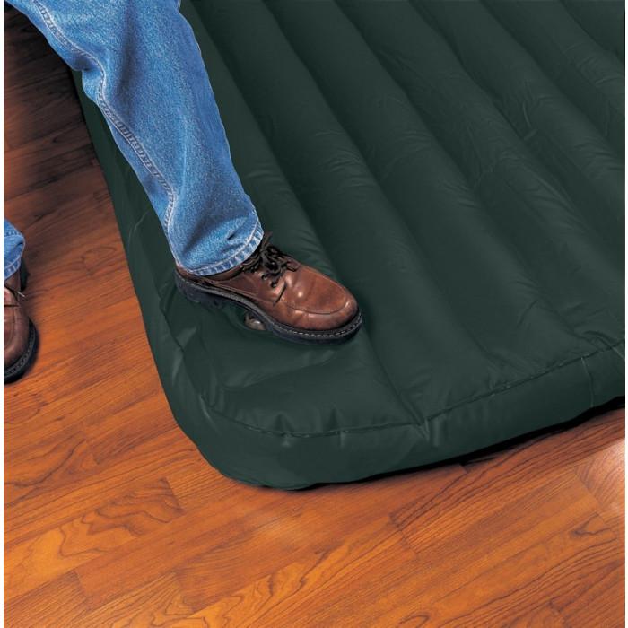 matelas gonflable 1 place avec pompe int gr e intex xl. Black Bedroom Furniture Sets. Home Design Ideas