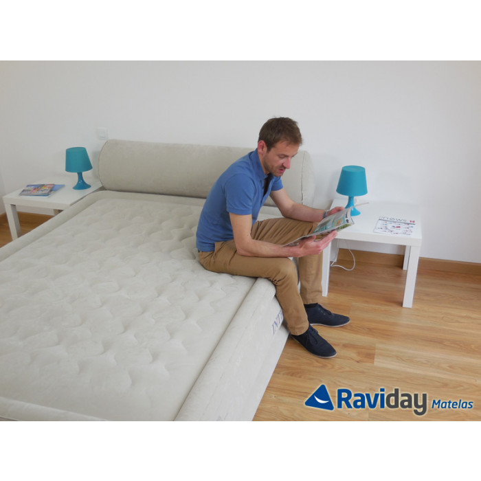 lit gonflable lectrique 2 personnes intex headboard bed. Black Bedroom Furniture Sets. Home Design Ideas