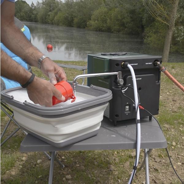 Système d'eau chaude mobile pour douche camping Kampa Geyser