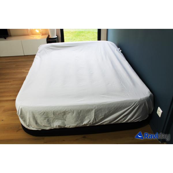 intex rest bed deluxe fiber tech 2 places matelas gonflable lectrique intex. Black Bedroom Furniture Sets. Home Design Ideas