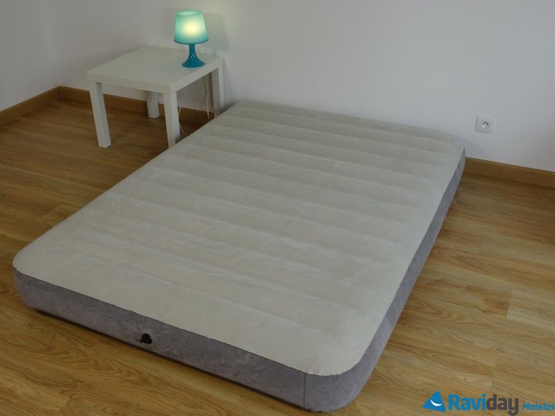 matelas gonflable intex downy fiber tech 2 personnes raviday matelas. Black Bedroom Furniture Sets. Home Design Ideas