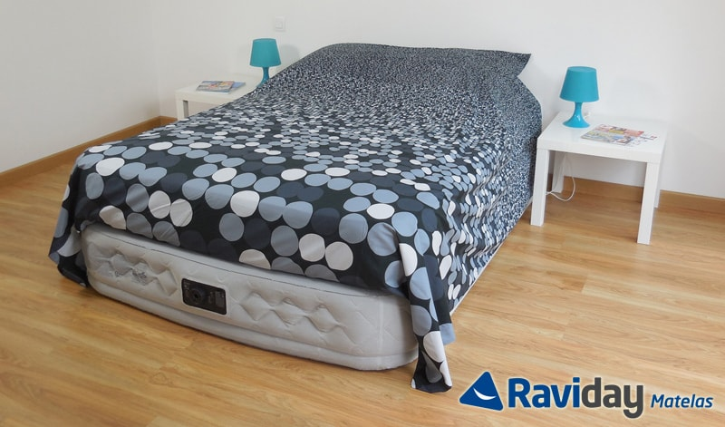 achat matelas gonflable chez raviday matelas n 1 en france. Black Bedroom Furniture Sets. Home Design Ideas